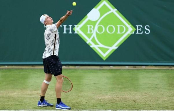 the-boodles-denis-shapovalov-stuns-novak-djokovic-